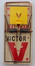 Trap - Victor Rat M205